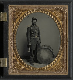 [Unidentified soldier in Union uniform with bass drum] (LOC)